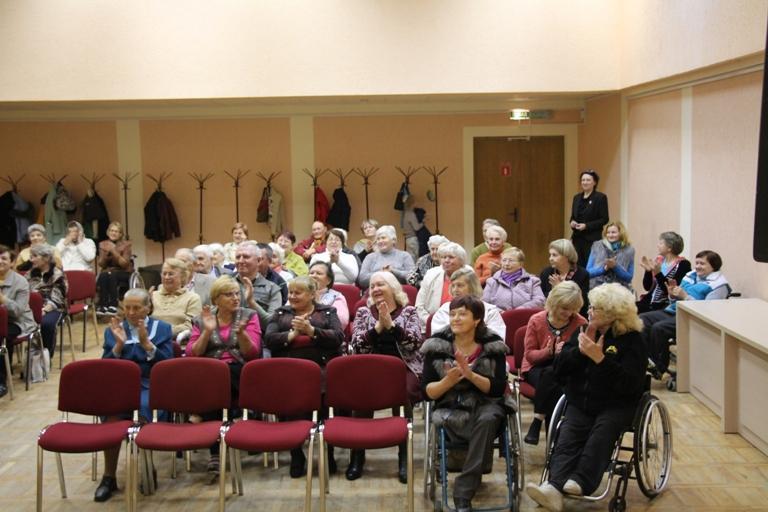 Мероприятия в доме престарелых ко дню пожилых людей пансионаты для пожилых в королеве